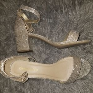 Light glittery gold chunky heels